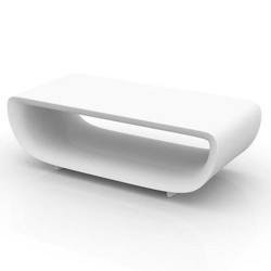 Blanco de Bumbum Vondom básico bajo mesa
