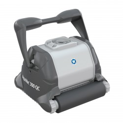 Robot Hayward Aquavac 300 Quick Clean with brushes sprocket